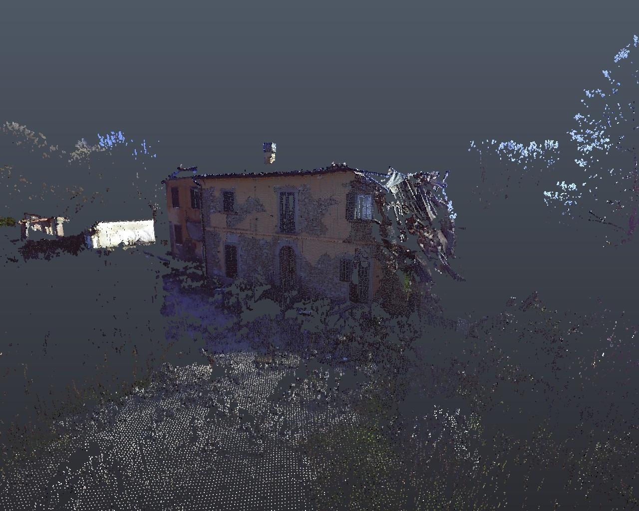Rilievo laser scanner: fabbricato terremoto Amatrice - facciata frontale 2